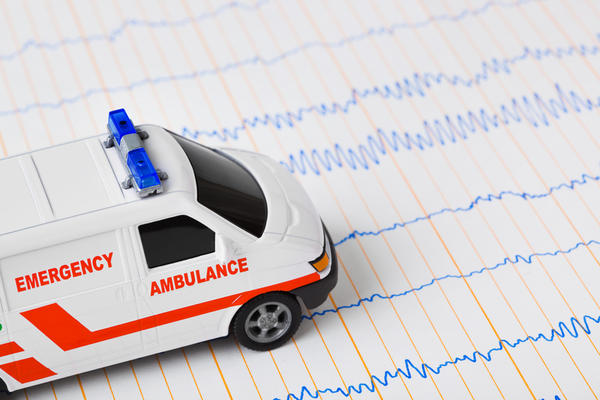 Emt vs paramedic: what is the big difference between the two?