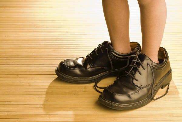 What are the best shoe to buy for flat feet to exercise?