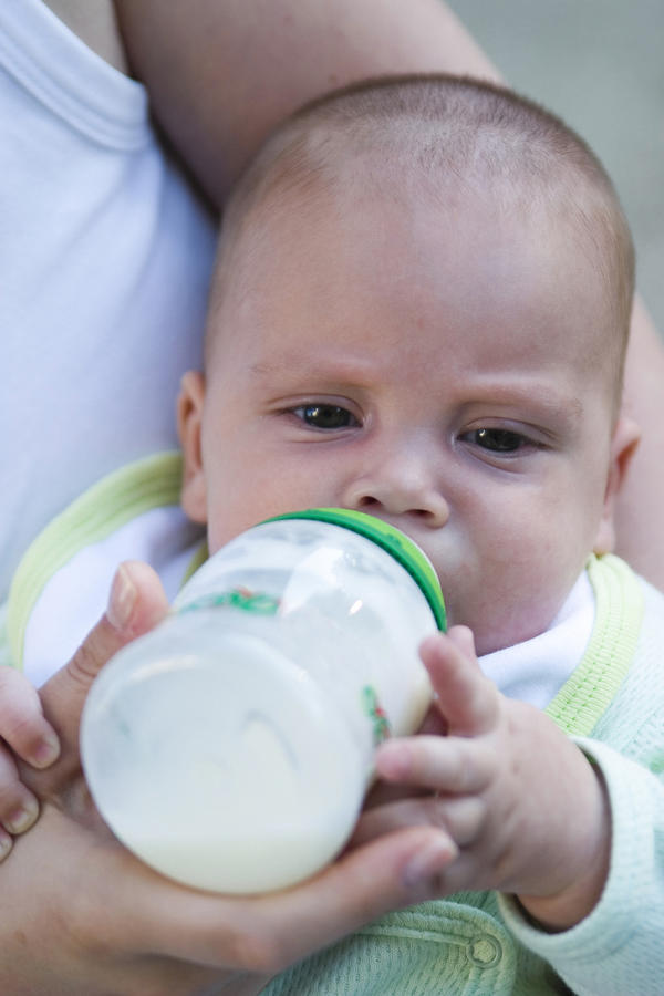 Should you give prebiotics and probiotics to formul- fed babies?