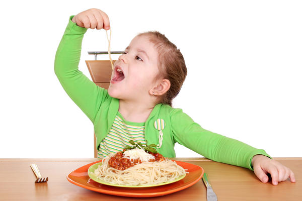 Would I feel symptoms immediately after eating a really big bowl of pasta, if I'm gluten intolerant or have Celiac?