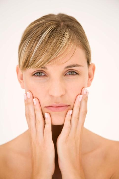What causes facial numbness?