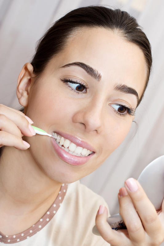 What is the teeth whitening paste orthodontists use?