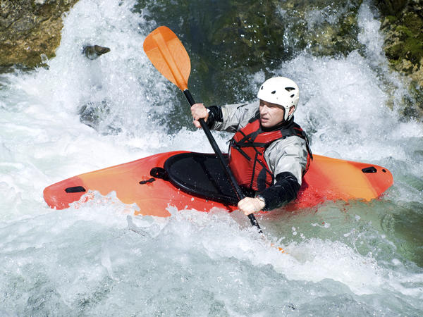 Can women with breast implants go rafting?