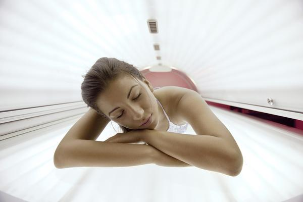 What is a dangerous time span to use sunbeds?