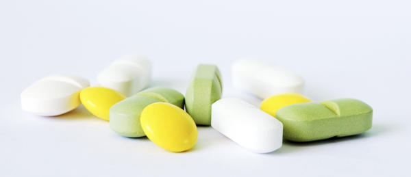 Can i take a antihistamine with aleve (naproxen)?