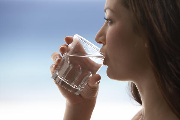 Will drinking water improve my kidneys?