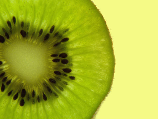 Regarding kiwi fruit allergy? What are symptoms?