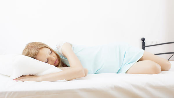 Can a woman with dysmenorrhea be pregant?
