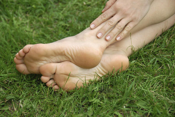 Is lambswool a natural treatments for heel pain?