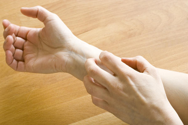 How to live with dermatomyositis?
