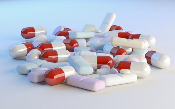 Can taking four  tylenol (acetaminophen) 500g slow down the flow or shorten your period?