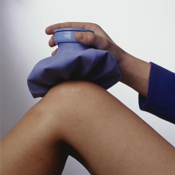 How to relieve extreme leg pain possibly caused by lupus, vericose veins, restless leg syndrome, or fibromyalgia?