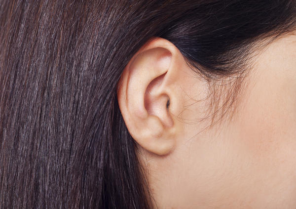 How long is it supposed to it take for a swollen ear lobe to go down?
