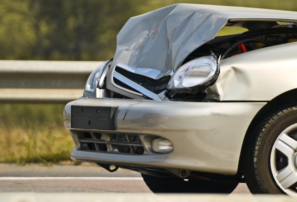 How easy or hard is it to get a fractured orbital socket with an airbag in a car accident?