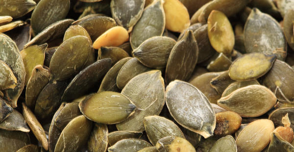 Would taking 2000mg taking of pumpkin seed oil and multivitamins containing zinc oxide daily give way to an overdose in zinc?