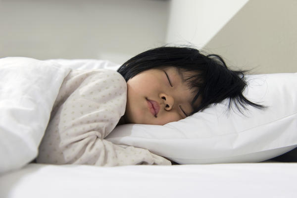 How many heart beats per min. While sleeping does a 10 year old child have?