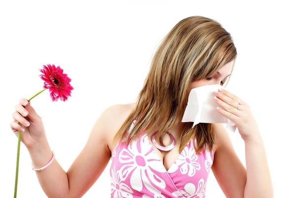 How long should symptoms of an allergic reaction last?