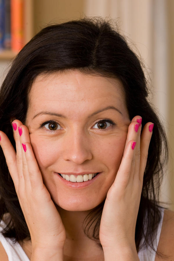 Does melasma go away on its own?