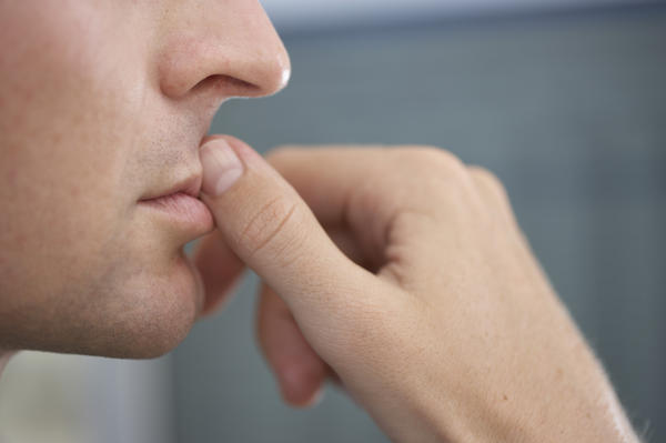 Could oral thrush or fungal infection in mouth cause bad breath?