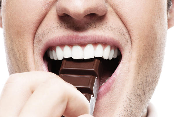 What can cause a metallic taste in your mouth?