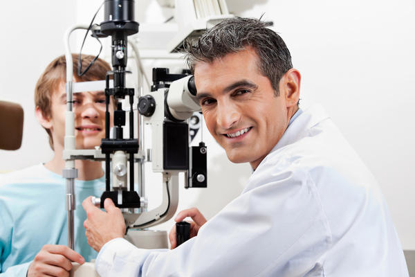 How do oxygen levels in your body affect your vision?