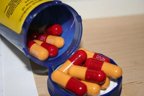 Can you take cold pills with amox-clav?