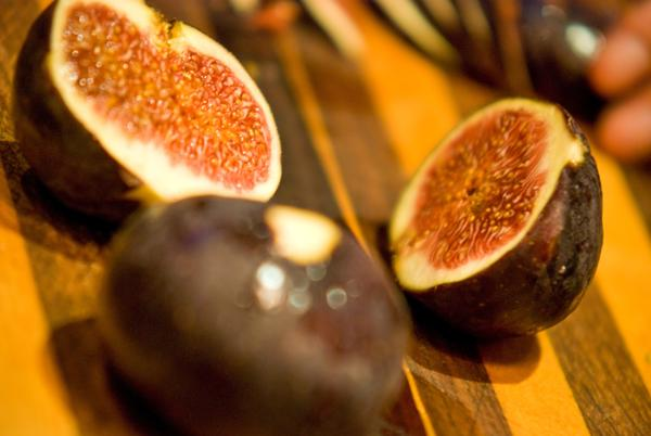 Do figs help increasing in libido?