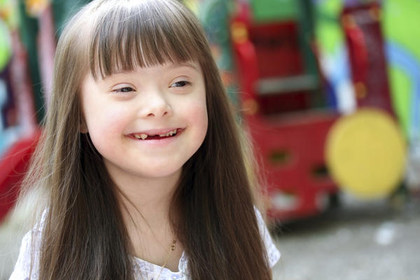 What are the characteristics of Down syndrome in children?