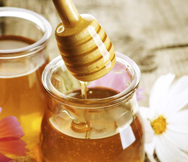 Is honey good for canker sores?