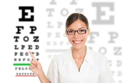 What is the definition or description of: optometrist?