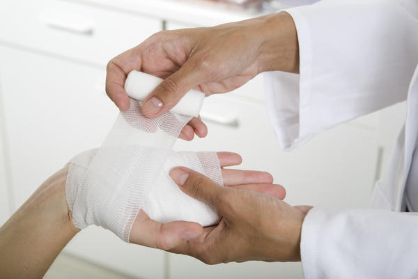 What is the definition or description of: skin graft?