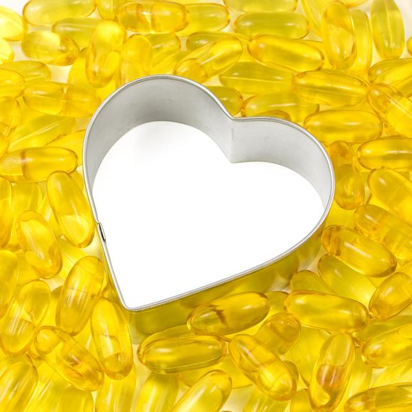 Can fish oil be taken with prozac (fluoxetine)?