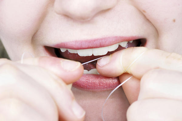 Is waxed floss preferable to Oral B's super floss?