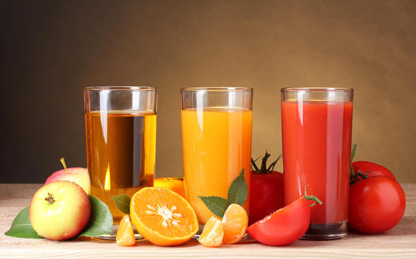 Which type of weight is lost during a juice diet/ fast?