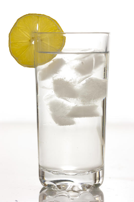 What is the optimal water intake for a woman for a healthy living?