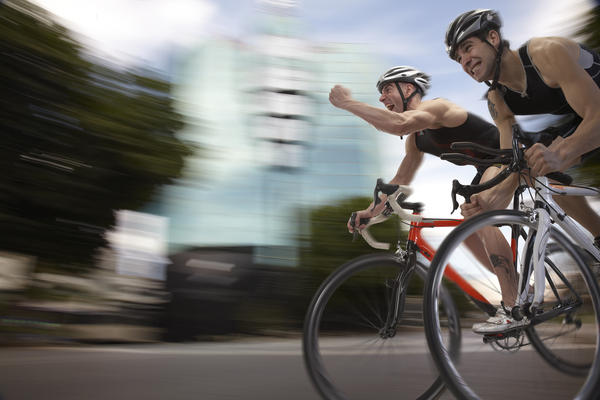 Does bicycling burn more fat than running?