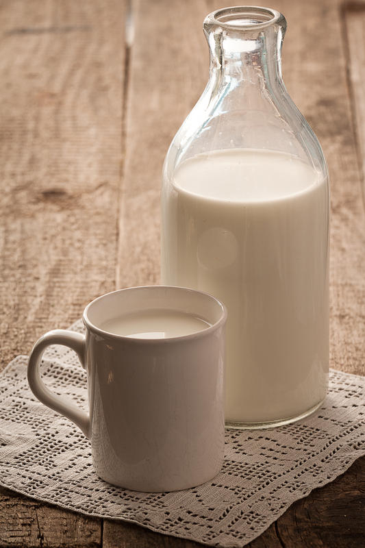 What are signs of lactose intolerance in an adult?