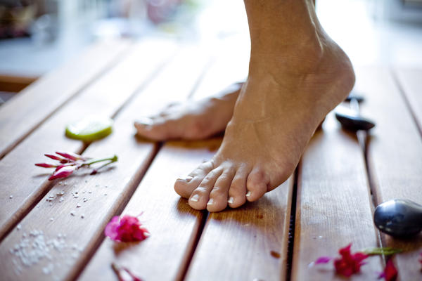 Are there any herbal medicines for wounded diabetic foot?