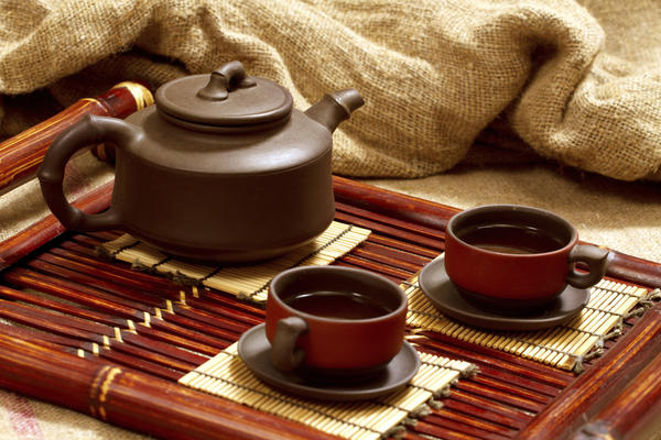Does oolong tea affect with birth control pills.
