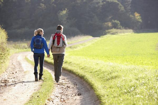 Does walking after dinner help lose weight?