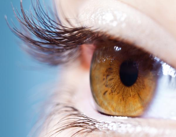 Does blepharitis cause puffy eyelids?