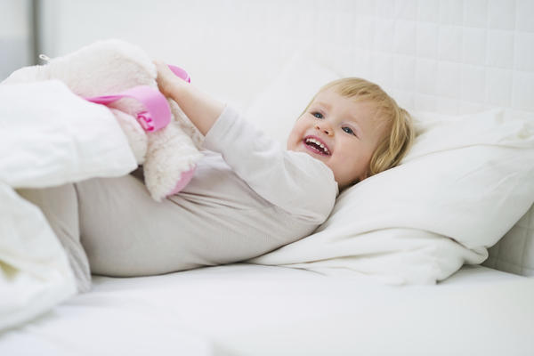 When can my child start sleeping in a toddler bed?