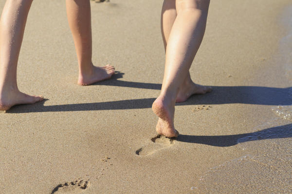 Is toe walking a sign of autism?