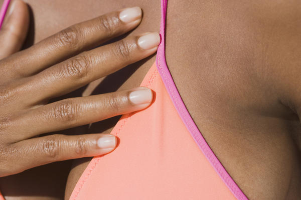 Can the color of your areola vary slightly from day to day?