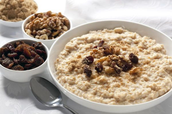 Is it okay to eat oatmeal before running?