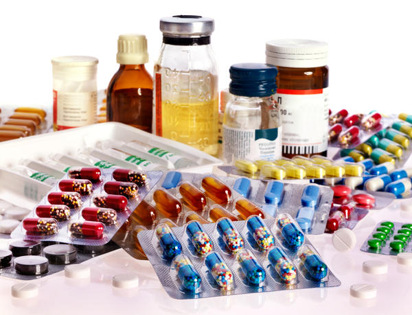 Hello Doctor, I have WPW, which pain medication is safe for me to take for ovarian cyst pelvic pain?