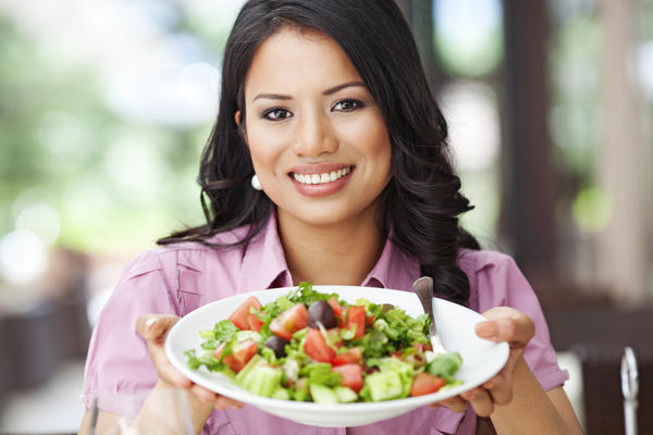 What is the recommended diet for a pregnant woman?