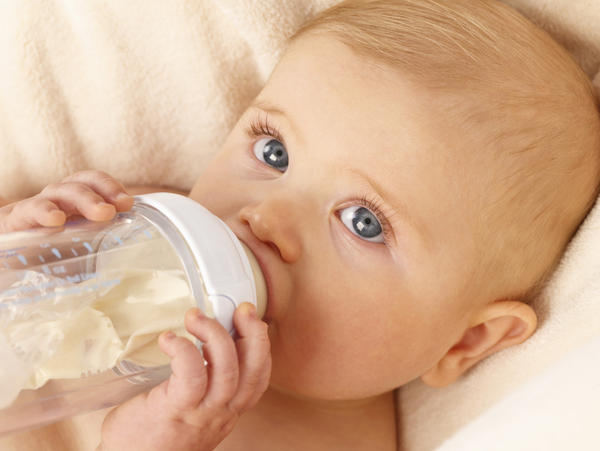 My daughter is not producing enuff milk for her 1 month old. Should we switch to formula?