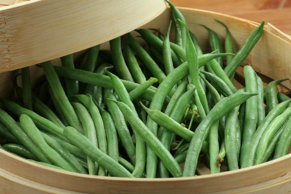 Do canned green beans have about the same health benefits as fresh green beans?