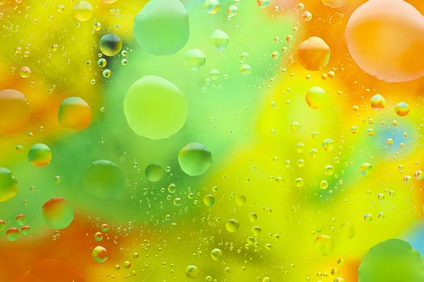 Could dehydration cause you to have temporary color blindness?